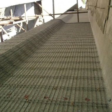 外加钢筋网--砂浆层加固技术